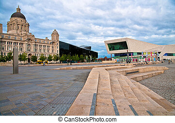 Liverpool Museum - The port of liverpool and the new museum