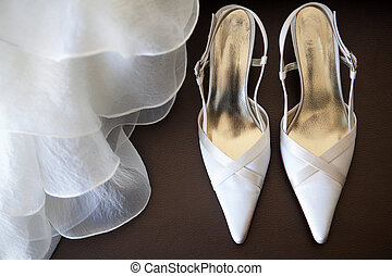 shoes with wedding dress