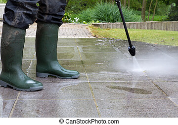 High Pressure Cleaning - 06 - Outdoor floor cleaning with...