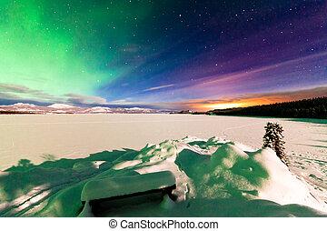 Aurora borealis Whitehorse light pollution Yukon -...