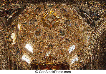 Dome of Santo Domingo church in Mexico - Splendid...