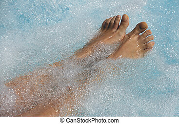 Womens feet in the jacuzzi to venous circulation - Womens...