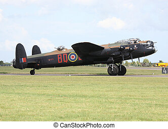 avro lancaster - bbmf avro lancaster after landing at raf...