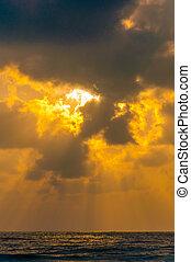 Golden Orange yellow dusk sky - Sea Ocean - Orange gold...