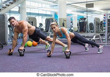 bodybuilding, homem, mulher, levantamento