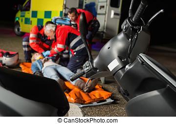 傷害, 摩托車, 駕駛員, 幫助,  paramedical, 隊