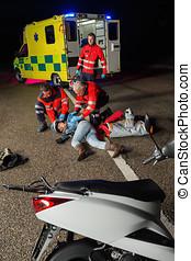 傷害, 護理人員, 協助, 駕駛員, 摩托車