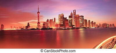 Shanghai skyline at dawn - Shanghai bund skyline at dawn...