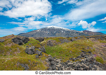 Snaefell - Volcano Snaefell on the western end of Icelandic...