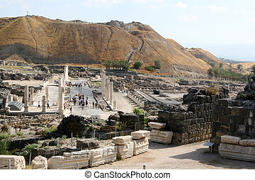 Bet Shean National Park, Israel - Tourists walk the ancient...