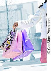 sacolas, mulher,  shopping, segurando