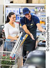 超級市場, 工人, 幫助, 女性, 顧客