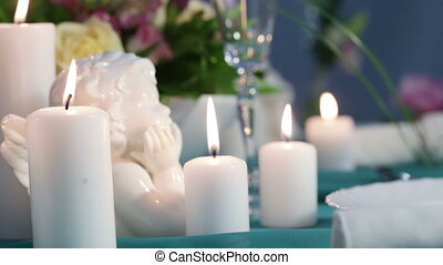 Profiles porcelain angel - Festive table decoration with...