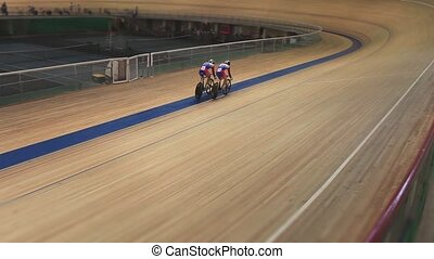 Bike Pursuit in velodrome sequence