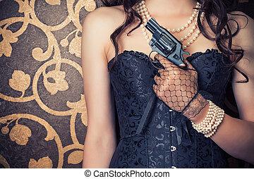 mujer, Llevando, negro, corsé, perlas, tenencia, arma...
