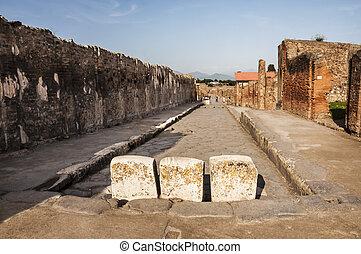 pompeii - archeologic ruins of Pompeii in Italy