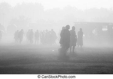 lotissements, gens, poussière