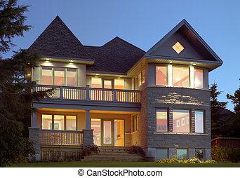 Beautiful contemporary home - New contemporary home...