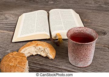 biblia, con, Bread, y, cáliz