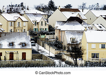 residential area in winter in Paris to Fontenay-le-Fleury in...