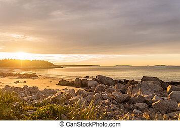 Ocean beach at sunrise - Ocean beach (Crystal Crescent...