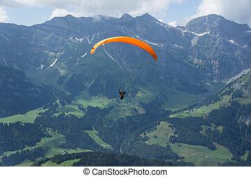 A parachuter