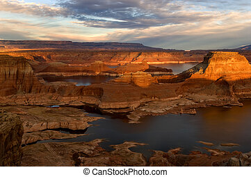 Lake Powell - Beautiful lake Powell at sunset, Arizona