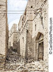 Ruins Birkat al mud - Image of ruins in Birkat al mud in...