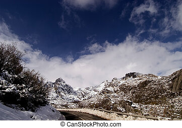 mountain of Estrela in the winter time