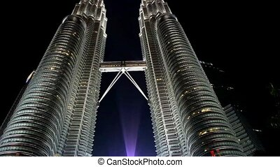 Petronas Twin Towers. - Petronas Twin Towers in Kuala...