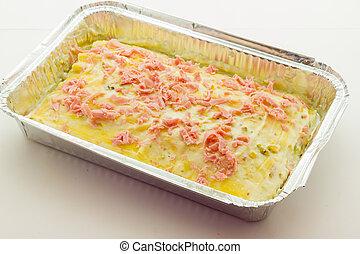Prêt, pistaches, cuire, lasagne, jambon