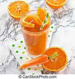 Orange and carrot smoothie - Fresh orange and carrot...