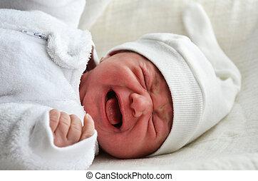 recem nascido, bebê, gritando