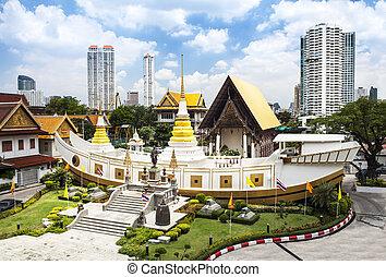Wat Yan Nawa, boat shaped temple, Bangkok, Thailand - Wat...