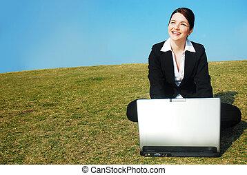 feliz, mujer de negocios, trabajo, Aire libre