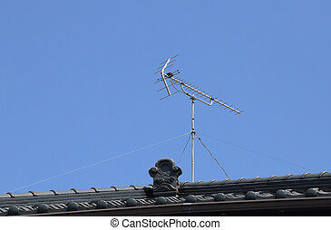 tv antenna on toof - tv antenna on japanese roof style