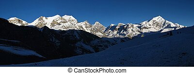 Chulu West, Purbung Himal and other high mountains in the...