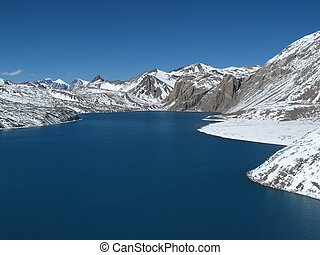 Beautiful turqouise Lake Tilicho, Annapurna Conservation...