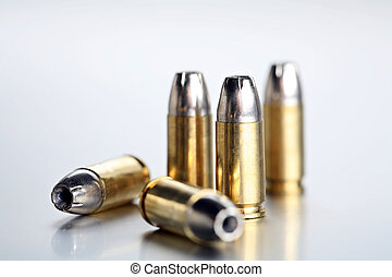 bullets 9mm closeup - bullets 9mm - closeup of 9mm...