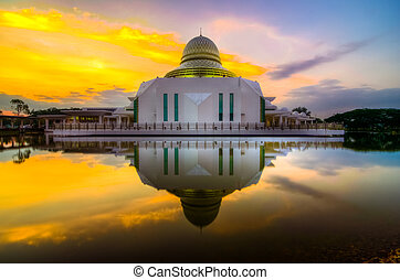An-Nur Sunrise - A sunrise shot at An-Nur Mosque, Universiti...
