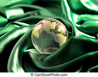 Glass, Paperweight,globe. - Glass paperweight crystal clear...