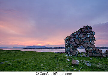 Sunset in Iona - Iona is a small island in the Inner...