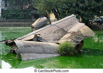 B-52 crash - Wreckage of an American B-52 bomber in Huu Tiep...