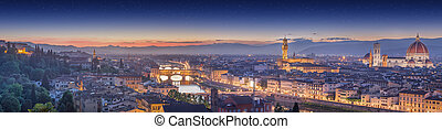 Arno River and Ponte Vecchio at sunset, Florence - Arno...
