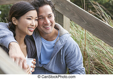 Asian Man Woman Romantic Couple Drinking Coffee - Young...