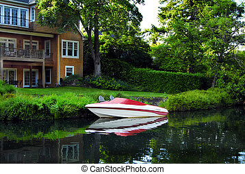 Docked Speedboat - Boat Docked Lake Oswego Oregon