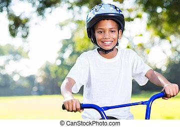 indian, 男の子, 自転車, 若い, 乗馬