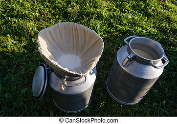 milk churn with filter material - milk churn with filter...