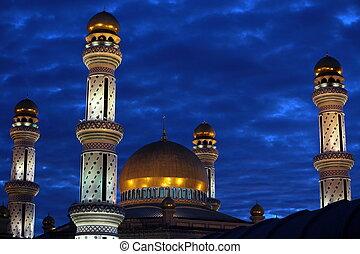 BRUNEI DARUSSALAM - Die Jame Asr Hassanal Bolkiah Moschee im...