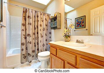 Stock Fotos von badezimmerdecken, dachfenster - Soft, töne ... | {Badezimmer mit dachfenster 79}